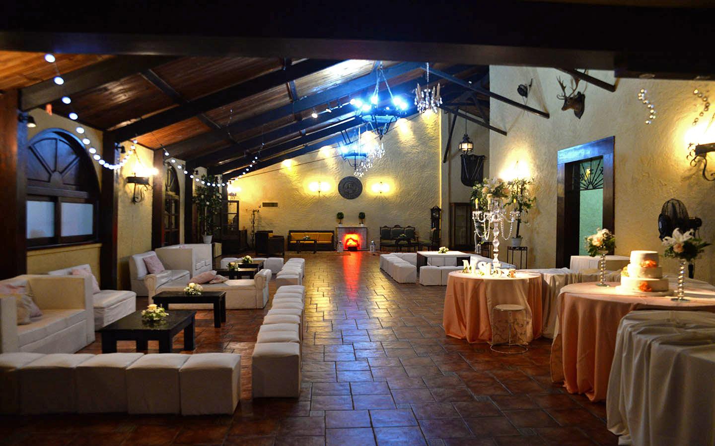 Mesas Ala Lateral Salón Colonial Chacra La Cachimba